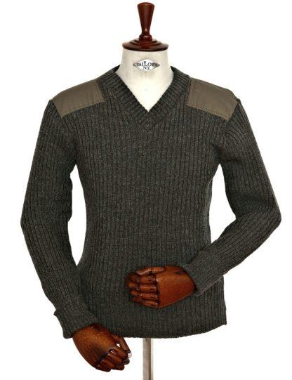 Woolly Pully V-Kragen Pullover, grün meliert