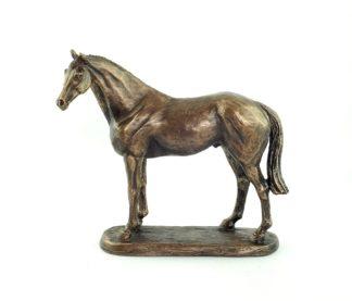 Harriet Glen Skulptur Ascot Andy